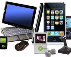 Gifts for Kids - Technology Gadgets Versus Traditional Toys